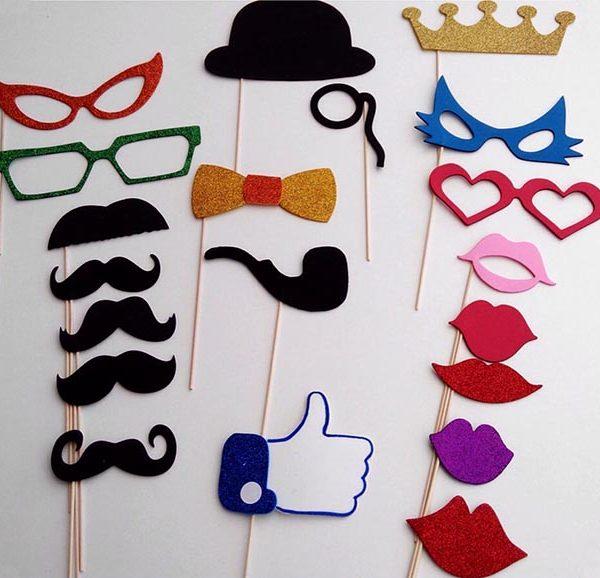 atrezzo-bigotes-labios-bodas
