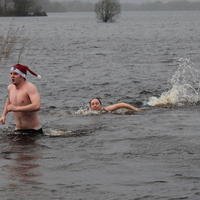 37-Christmas-Day-Swim-2011-089