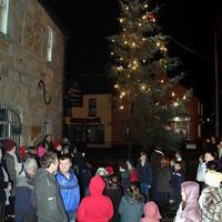 Lighting-the-Christmas-Tree-058-Copy
