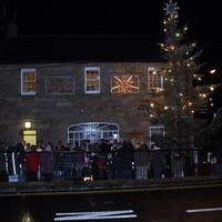 Lighting-the-Christmas-Tree-060-Copy