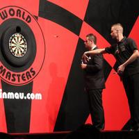 050-Darts in Hull 091