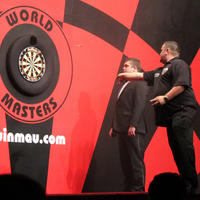 056-Darts in Hull 106