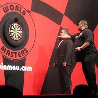 056-Darts in Hull 106