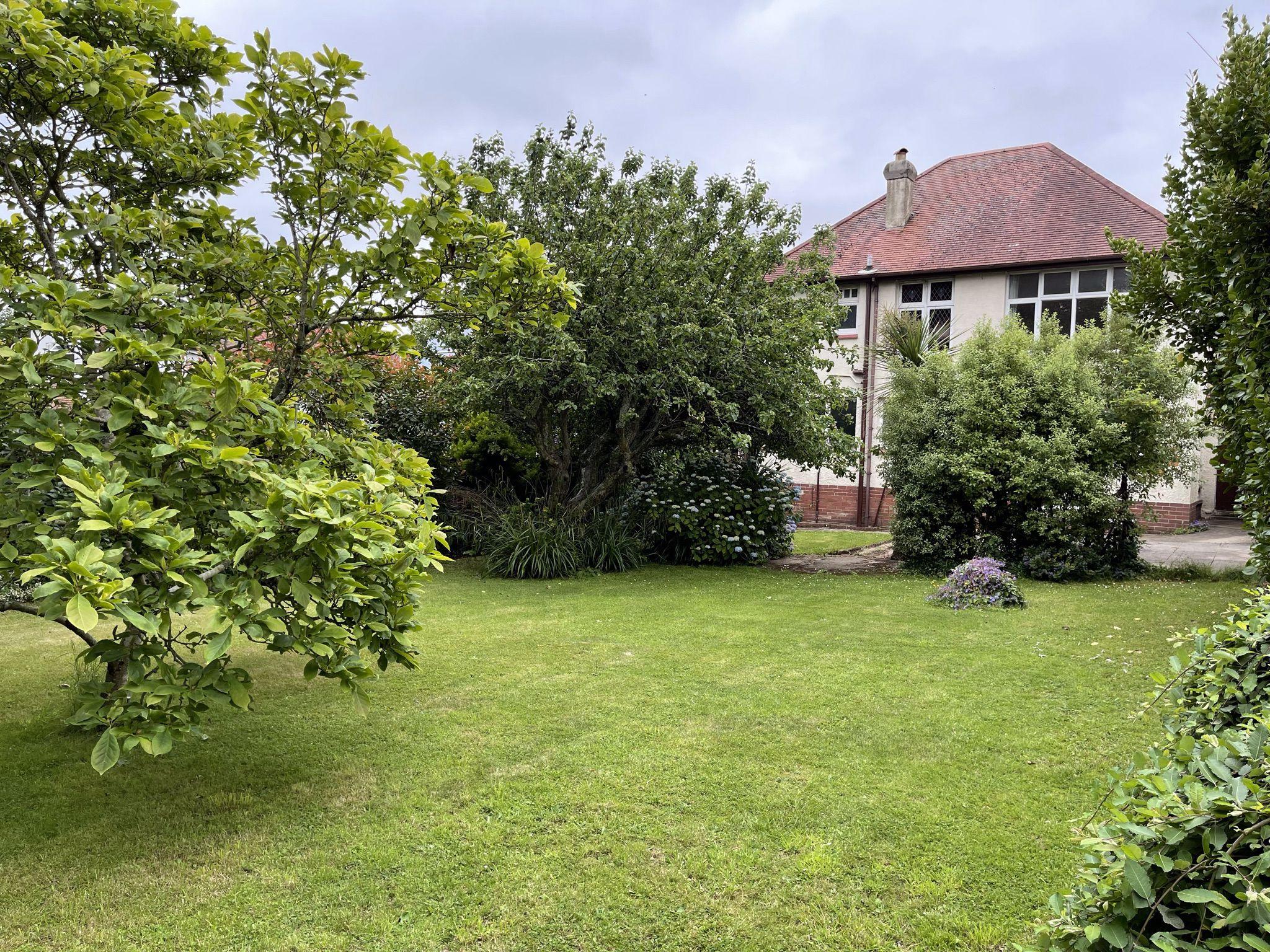 Upper Manor Road, Preston