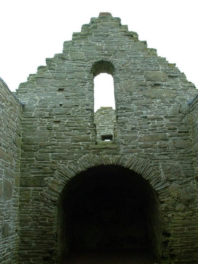 St. Magnus's Kirk, Egilsay 3/6