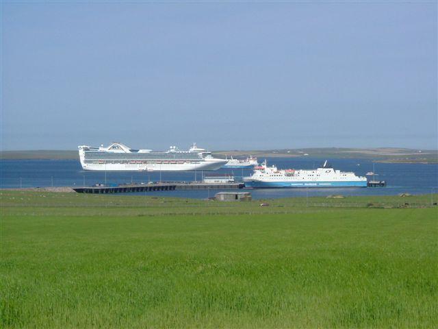 Rush hour in Kirkwall Bay