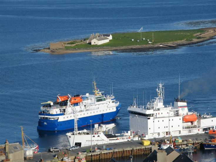 Liners at Stromness