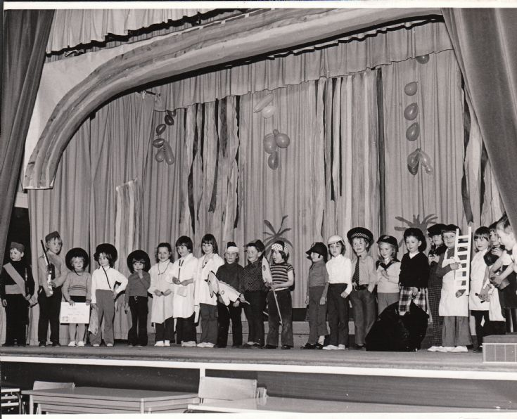 Papdale Infant school concert 1975