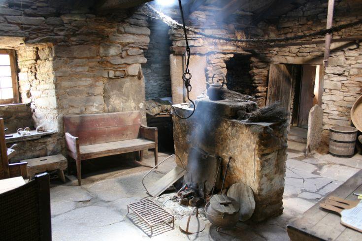 Kirbuster Farm Museum peat fire
