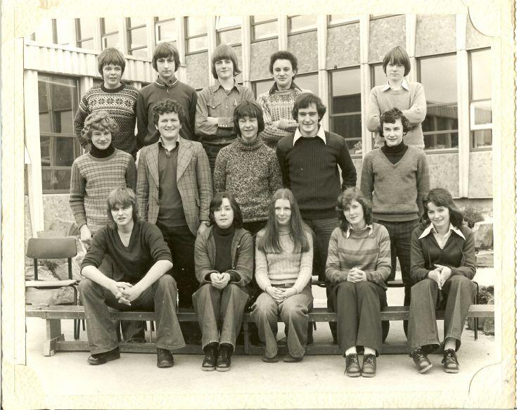 Class 5b Kirkwall Grammar 1976/77