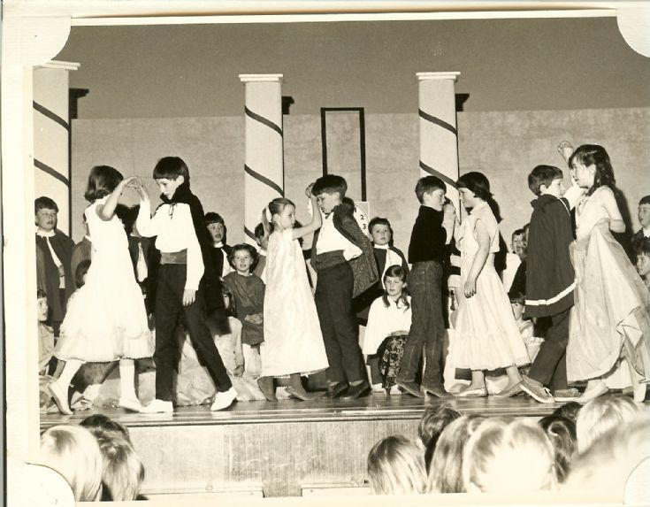 School play Kirkwall Primary