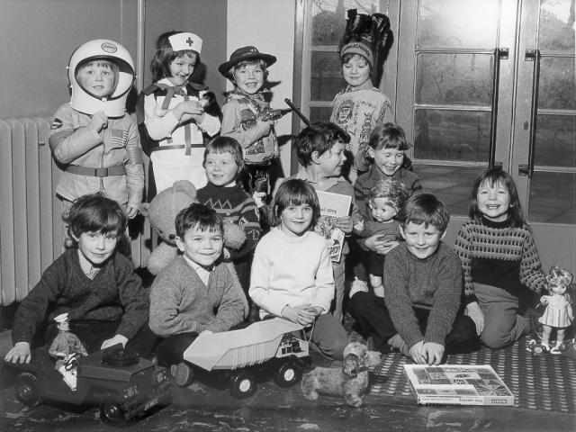 P2(?) Kirkwall Primary School, 1973