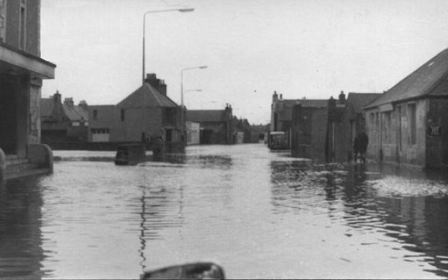 Flood on Junction Road
