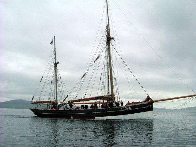 Sailing ship TG326