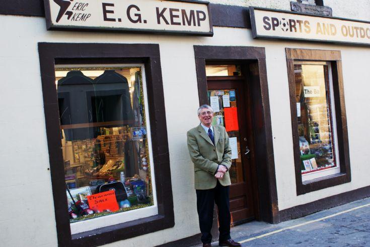 Mr Eric G Kemp