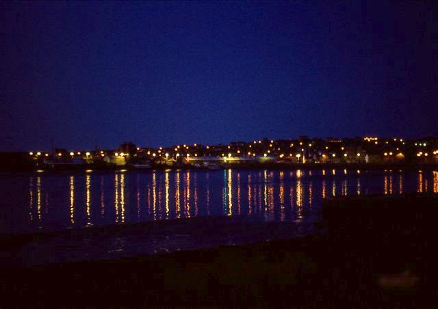 The bright lights of Kirkwall, 1982
