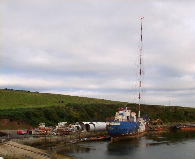 'Pirate' radio ship Communicator