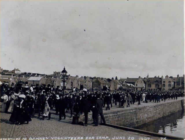 Departure of Orkney Volunteers for camp, 20/6/1907