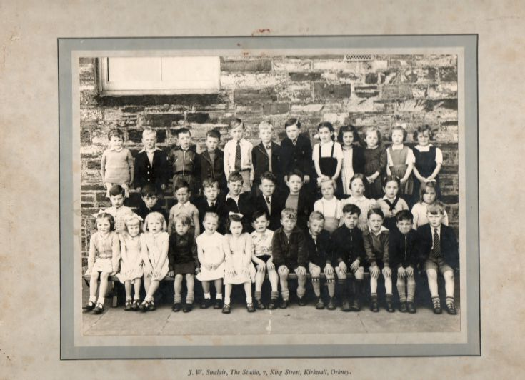 KGS Infants Class 1A 1954