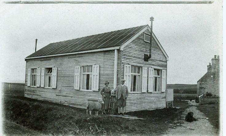 Communication hut