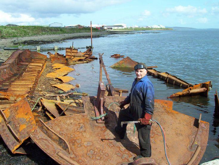Barge Hatston slip
