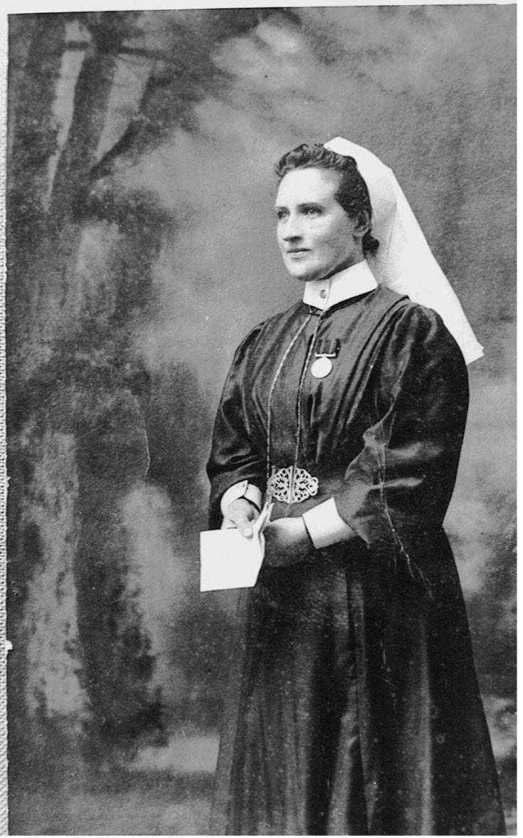 Clara Maxwell