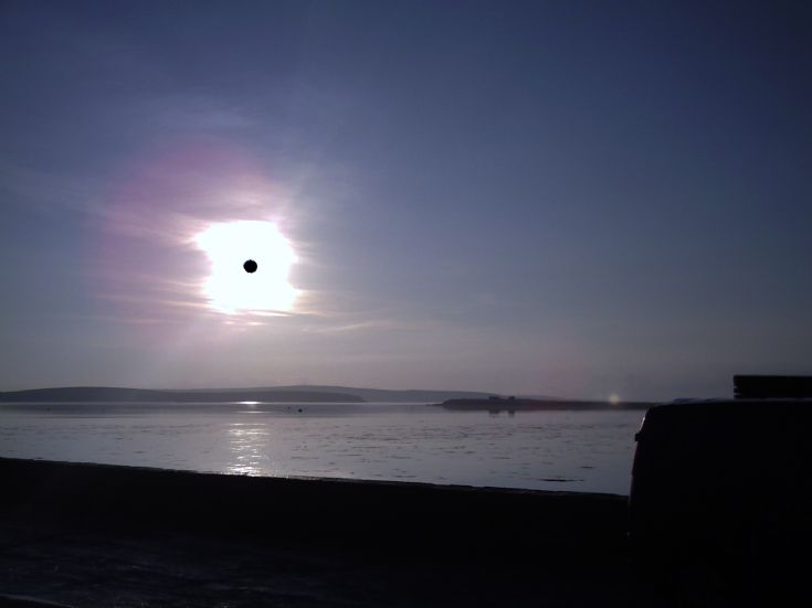 Sun over Hunda on Xmas day 2006
