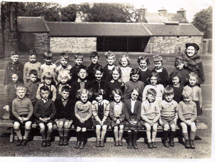 Infant class at Kirkwall Grammar School 1945 or 46