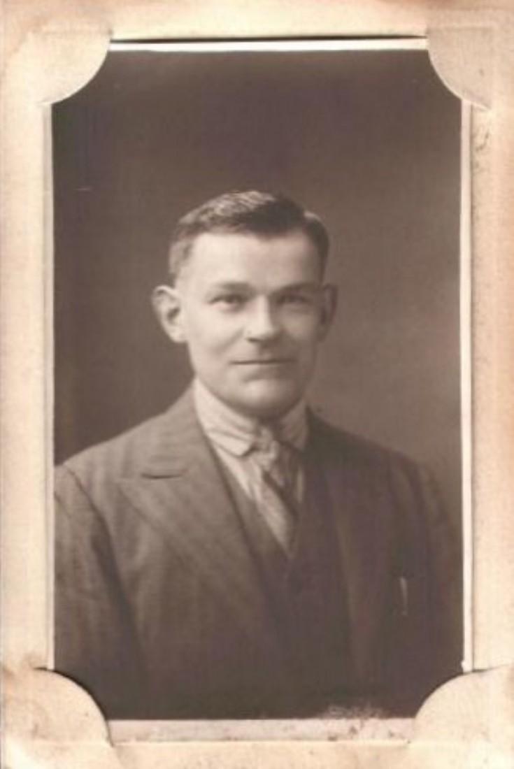 Robert Johnston...abt 1910