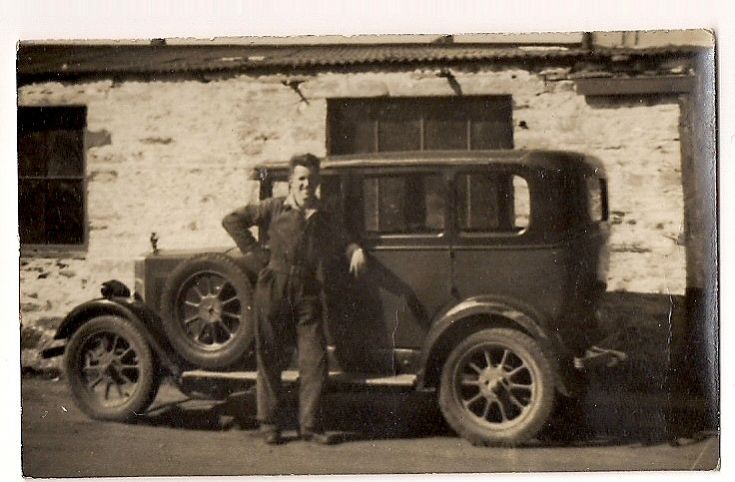 Leslie Leonard with his 1928 Morris Cowley