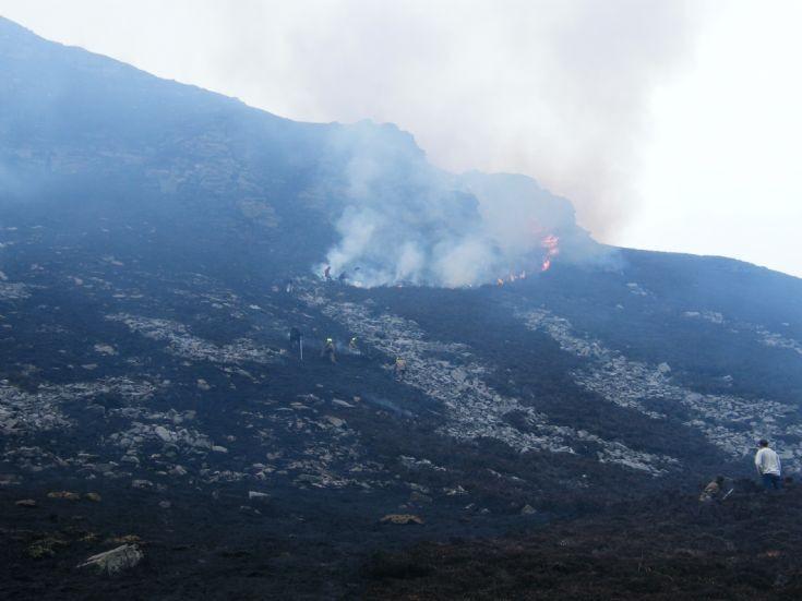 Heath fire in Hoy 5