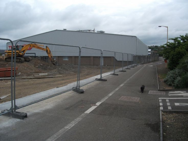 Work on new Tesco store
