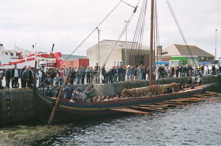 Replica longship Sea Stallion