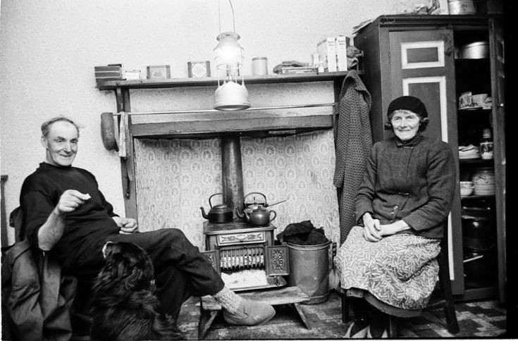 Gordon & Ina Watters, Fara