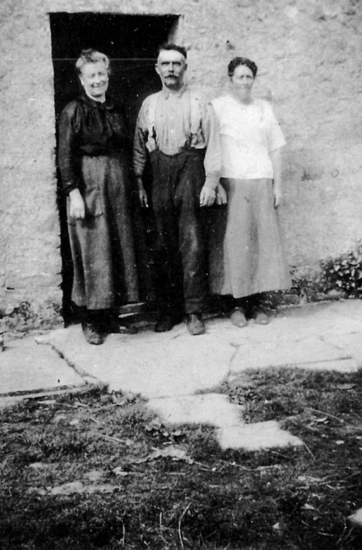 Bessie and John Tennant and Granny Shackelton