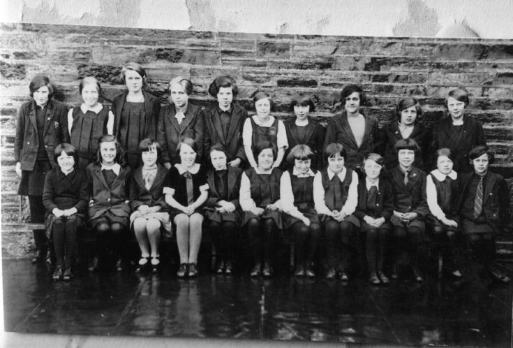 School or Girl Guides group, 1929