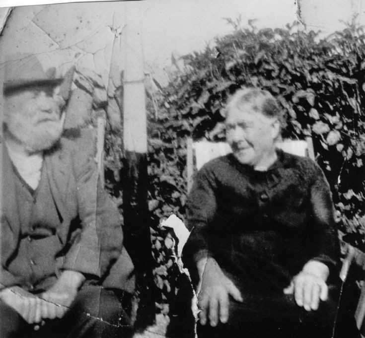 Peter Shearer and Catherine Brown, Feastown