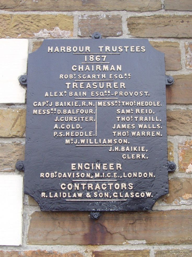 Harbour Trustees sign refurbished
