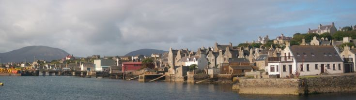 Stromness seafront from the pier