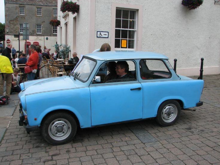 Lonely Trabi