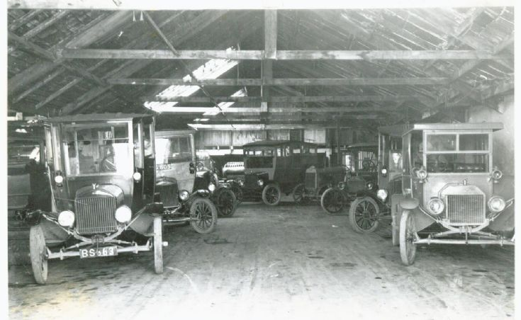 W R Tullock's  Garage