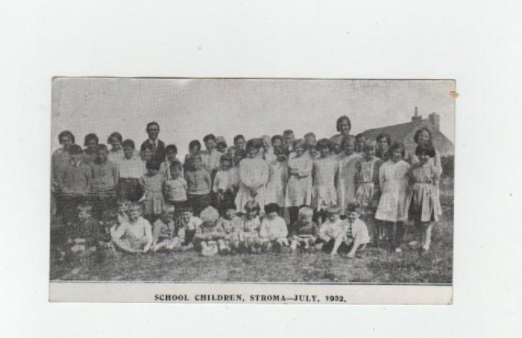 Stroma school children