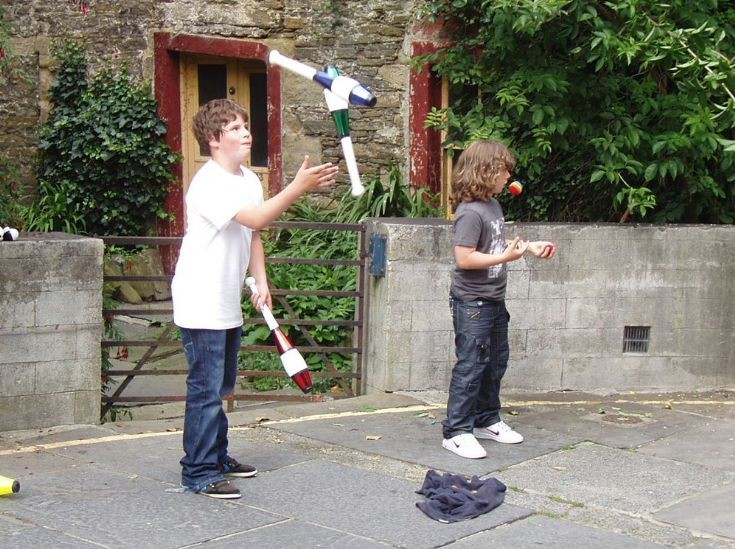 Young jugglers