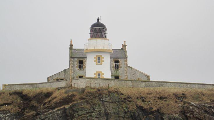 Helliar Holm Light