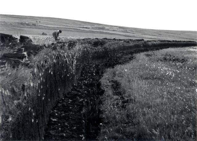 North Park paet hill, Eday 1973