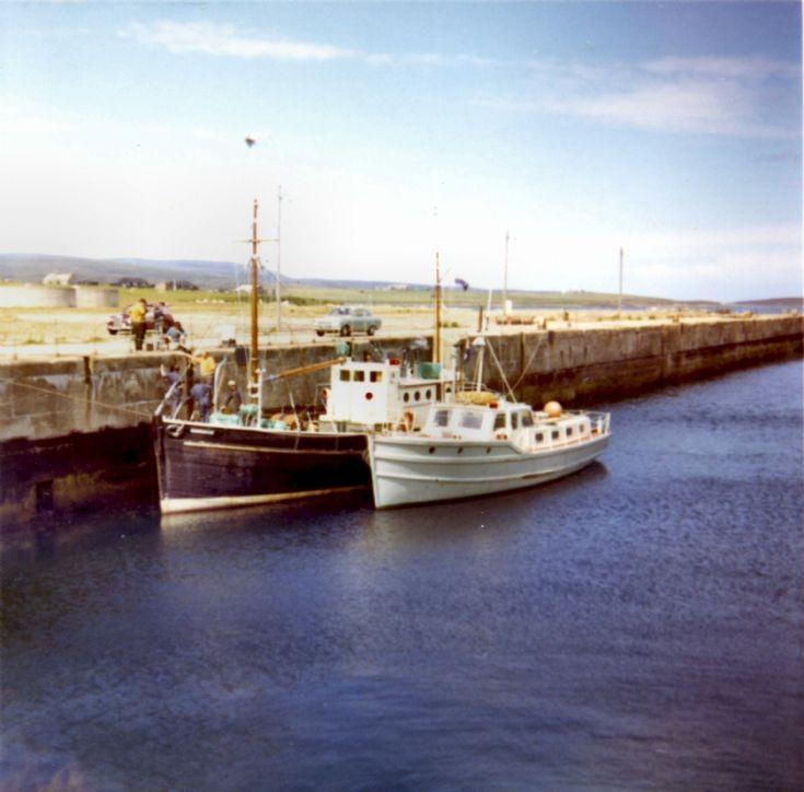 MFV Hamnavoe and the Sea Cadet Launch PLD 4309