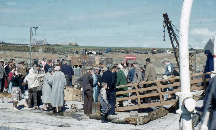 Arrival of SS Thorfinn in North Ronaldsay
