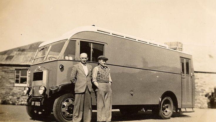 Harray Stores Shop Van