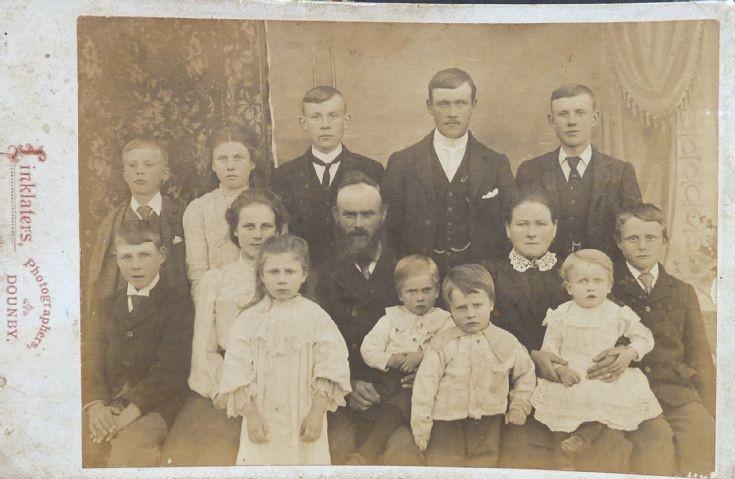 Adamson family, Glower, Birsay