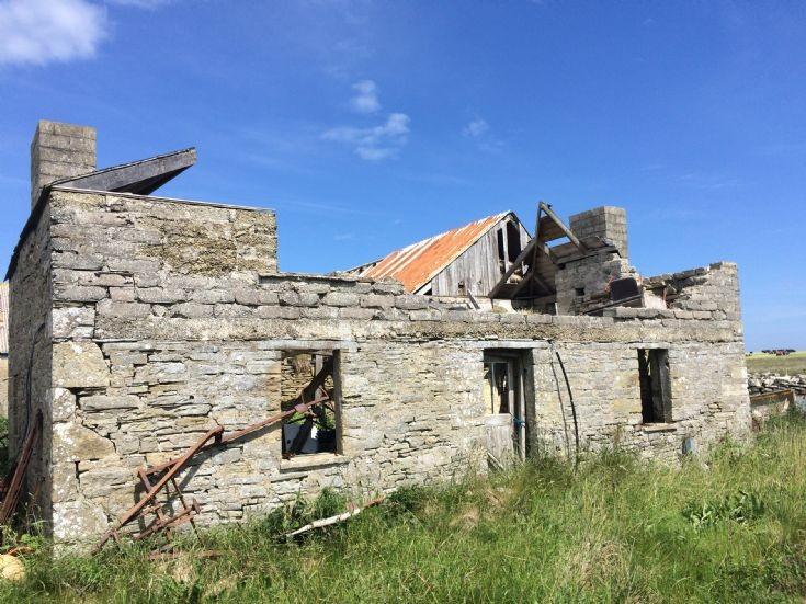 Derelict cottage on Flotta